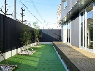 Jardins modernos por 有限会社 橋本設計室