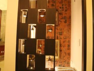 Corridor & hallway by Aayam Consultants,