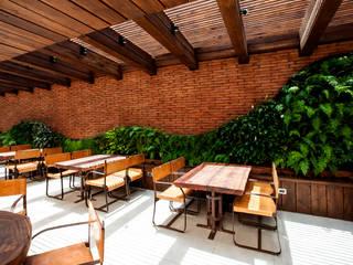 RESTAURANT RUBAIYAT Gastronomía de estilo moderno de VERDE360 Moderno