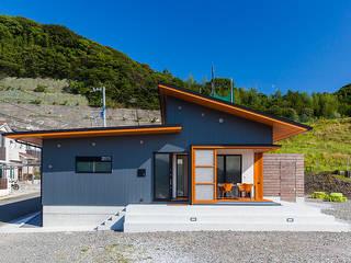 moderne Huizen door 有限会社 橋本設計室