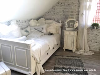Massivholzbett rustikal in Weiß:  Schlafzimmer von Massiv aus Holz