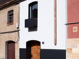 Viladecavalls House CABRÉ I DÍAZ ARQUITECTES Rumah Minimalis
