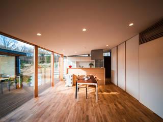 Living Room モダンデザインの リビング の STaD(株式会社鈴木貴博建築設計事務所) モダン