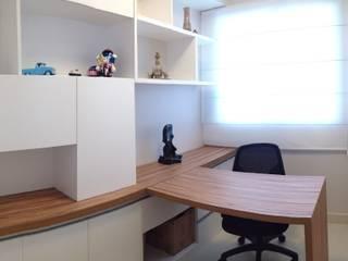 Escritório: Escritórios  por Arquiteto em Casa