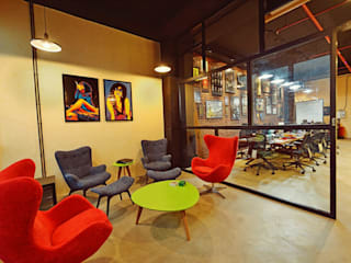 The Great Brown Think Tank:  Study/office by Neha Changwani,Modern
