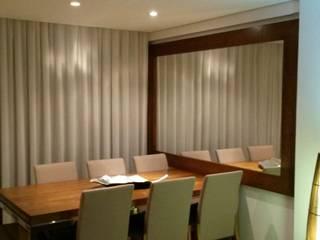 Sala de jantar: Salas de jantar  por Fernanda Bahia Arquitetura e interiores