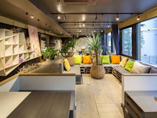 Eclectische evenementenlocaties van INTERIOR BOOKWORM CAFE Eclectisch