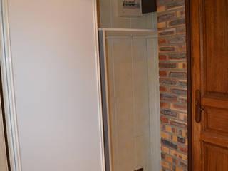 Une salle de bain à l'esprit minéral Salle de bain rustique par Mon Intérieur Sur Mesure (MISM) Rustique