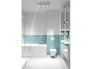 PROJEKT ŁAZIENKI W MIESZKANIU DLA 2 OSÓB Minimalistyczna łazienka od AAW studio Minimalistyczny