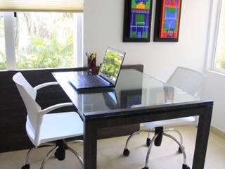 Moderne Arbeitszimmer von JAVC ARQUITECTOS S.C Modern
