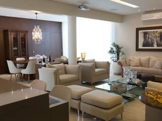 Residência E&M Salas de estar clássicas por Marcelo Lopes Arquitetura Clássico