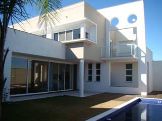 Residencia Unifamiliar SA Casas modernas por Jader e Ivan Arquitetos Moderno