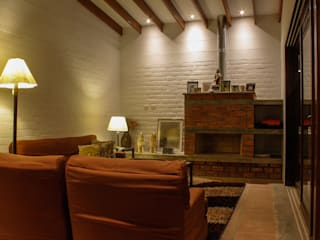 Casa de Campo. Club Ecuestre de Huachipa Salones de estilo moderno de FURSE.arquitectura Moderno
