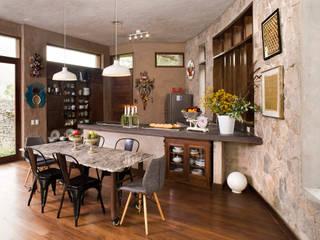 Casa Chontay Столовая комната в стиле модерн от Marina Vella Arquitectura Модерн