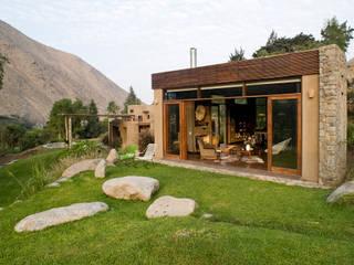 Casa Chontay: Casas de estilo  por Marina Vella Arquitectura