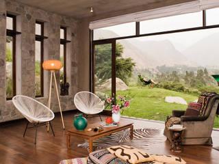 Casa Chontay Livings modernos: Ideas, imágenes y decoración de Marina Vella Arquitectura Moderno