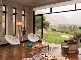 Casa Chontay: Salas / recibidores de estilo  por Marina Vella Arquitectura