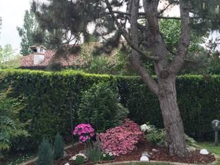 Il giardino relax: Giardino in stile in stile Eclettico di Simona Carcano