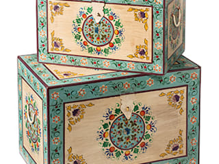 Indian Hand Painted Furniture de Asia Dragon Furniture from London Asiático