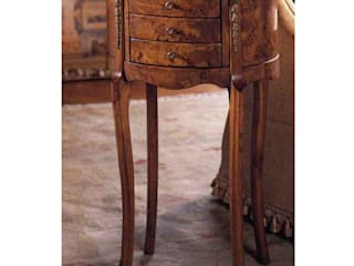 Traditional Walnut Furniture de Asia Dragon Furniture from London Clásico