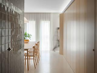 forte apartment Salas de jantar modernas por merooficina Moderno