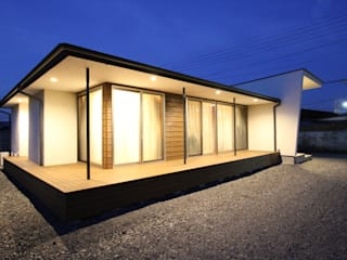 Casas de estilo moderno de 岳設計工房 Moderno