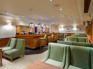 Hilton - Southampton, UK by Rethink Interiors Ltd Classic
