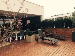 Modern Terrace by Fabryka-ogrodów s.c. Modern
