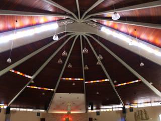 Выставочные павильоны в стиле модерн от BRAVIM ◘ RICCI ARQUITETURA Модерн