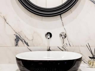 Mieszkanie w kamienicy Eklektyczna łazienka od SAS Eklektyczny