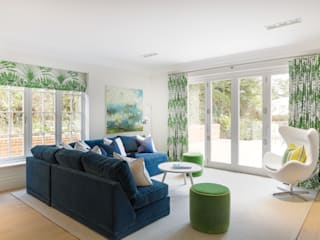 modern Living room by Emma Hooton Ltd
