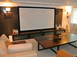 Cinema room: modern Media room by Rethink Interiors Ltd