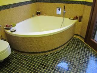 Bagni: Bagno in stile  di Cesario Art&Design, Mediterraneo