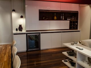 Ruang Keluarga Modern Oleh Inspirate Arquitetura e Interiores Modern