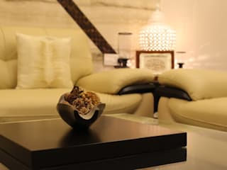 Asian style living room by Shadab Anwari & Associates. Asian