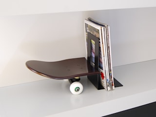 Skateboard Bookends Tail Stop, walnut color - Gift Every Skater Wants For V-Day de skate-home Moderno