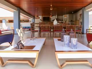 Chacara 1 Moderner Balkon, Veranda & Terrasse von Érica Pandolfo - arquitetura / interiores Modern