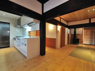 古民家再生: 空間工房 森田が手掛けたキッチンです。