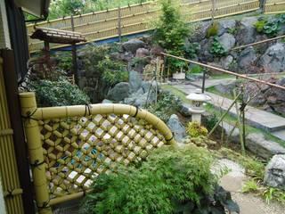 お庭 Taman Modern Oleh 有限会社 伊豆植物園 Modern