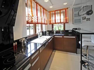 Dom jednorodzinny Tworóg Eklektyczna kuchnia od Art-Deko Pracownia Projektowa Eklektyczny