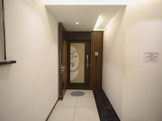 Samrath Paradise Modern Corridor, Hallway and Staircase by IMAGE N SHAPE Modern