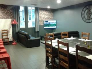 photo réalisation réfectoire style loft new-yorkais: Salle à manger de style  par D-Exception
