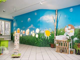 Escuelas de estilo  por Graffiti und Wandmalerei | Frameless-studio UG, Ecléctico