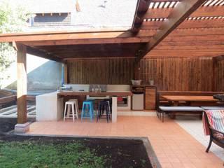 Quichos Balcon, Veranda & Terrasse modernes par OBRAA QUINCHOS Y TERRAZAS Moderne