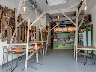 Grizzl store interieur:  Eetkamer door Studio Made By
