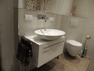 Wohlfühlbad: moderne Badezimmer von Bad Campioni