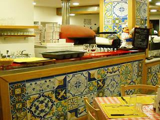 CEAR Ceramiche Azzaro & Romano Srl Ruang Penyimpanan Wine/Anggur Gaya Mediteran Keramik