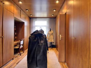 Haus in Worms Moderne Ankleidezimmer von Immobilienphoto.com Modern