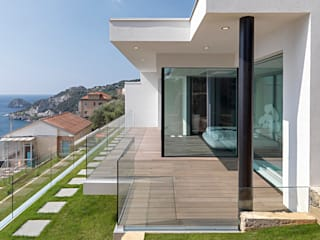 Minimalist house by Barra&Barra Srl Minimalist