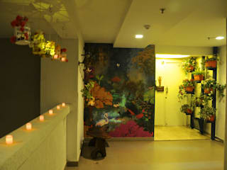 Residence in Goregaon Eclectic style corridor, hallway & stairs by Design Kkarma (India) Eclectic